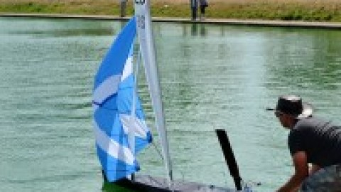 Met and Southern Vane A District Championships Sunday 20th March 2016 at Gosport Model Yacht and Boat Club- Report
